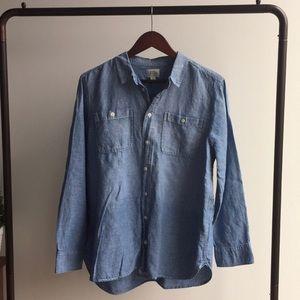 EUC J Crew Chambray shirt size L
